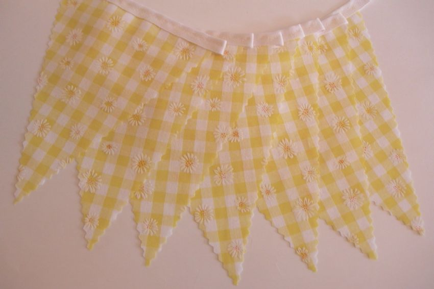BUNTING Wedding - Yellow Gingham with Daisies - 3m/10ft or 5m/16ft